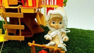 Masha e Orso italiano - giocattoli e cartoni animati - gli scherzi di Masha al povero Orso
