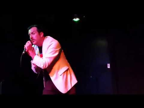 Coolzey Live at Sheas Tavern Crooner Style