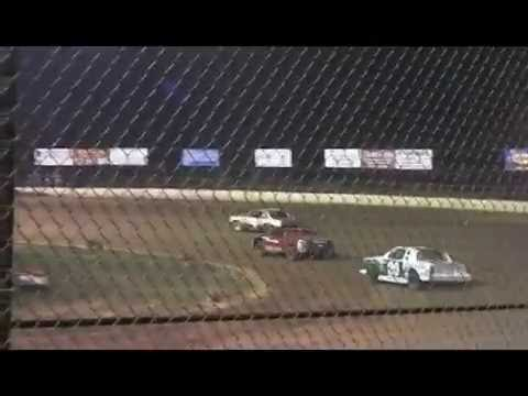 Midway Speedway Fall Brawl 2011 .mpg