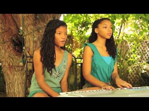 "Ariana Grande - ""Honeymoon Avenue (Chloe x Halle Cover)"""