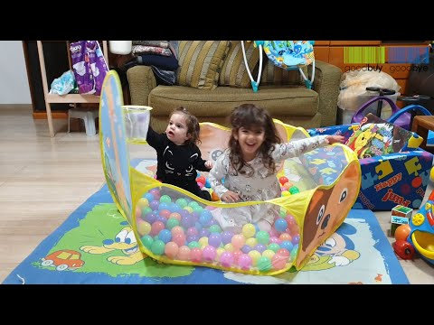 playpen-ball-pool-arena-for-children-with-basketball-hoop-review