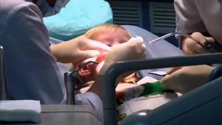 Детская стоматология 2(Первый визит к стоматологу лучше всего начать с консультации, где ребенок познакомится с врачом и окружающ..., 2011-11-06T19:01:08.000Z)