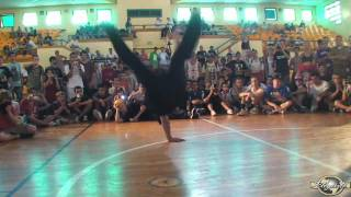 JAMAL vs KIDDO (FLOOR MASTERZ 2010) WWW.BBOYWORLD.COM