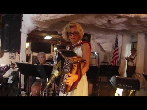 German Heritage Day | Amazing Accordion Player | Maya | Old World