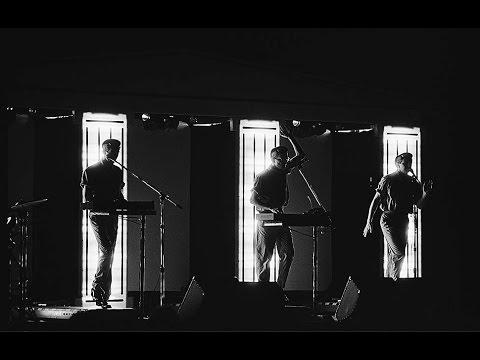 Devo- Live In Santa Monica, California 1981/12/08