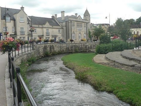Places to see in ( Calne - UK )