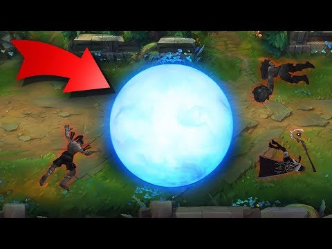 This Snowball Never Despawned... RARE BUGS & GLITCHES - League of Legends