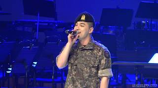 Gambar cover 180704 TAEYANG - Eyes nose lips - 군악연주회
