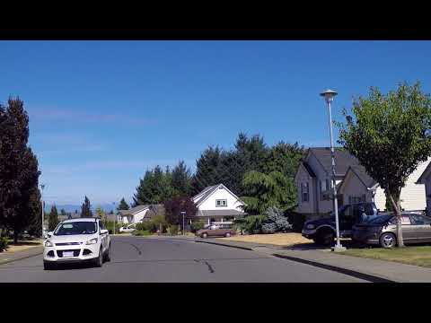 Life & Houses in COMOX British Columbia (BC) Canada - Driving to the Stunning Coast