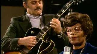 Ella Fitzgerald & Joe Pass - Gee Baby Ain't I Good To You