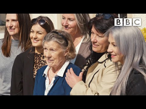 The woman who accidentally fostered 21 refugee children - BBC