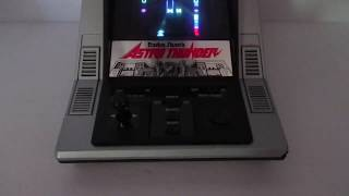 RADIO SHACK ASTRO THUNDER VINTAGE HANDHELD TABLETOP GAME - WITH BOX