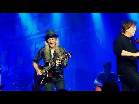 The Doobie Brothers Black Water Tulsa Ok 4-21-2018