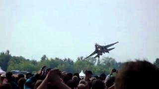 Russian Weapons: Su-35 Amazing Landing