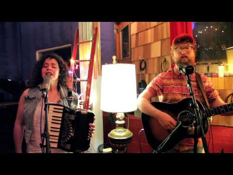 The Bengsons - Hundred Days - Live @ Tiny Telephone
