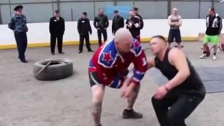 спецназовец даёт уроки на зоне(техника самовыживания...)