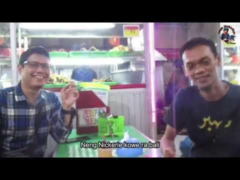 wisata-kuliner-plus-live-music-seniman-taman-bungkul-surabaya