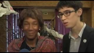 Смотреть видео Движение Молодежь за парва человека, СоцТВ   новости онлайн