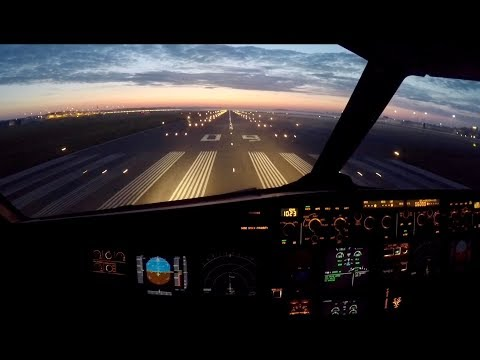AIRBUS flight to Malta - Simulation and Aviation - Flying on YouTube