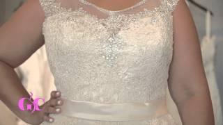 Go Curvy - Strut Bridal Salon Tour