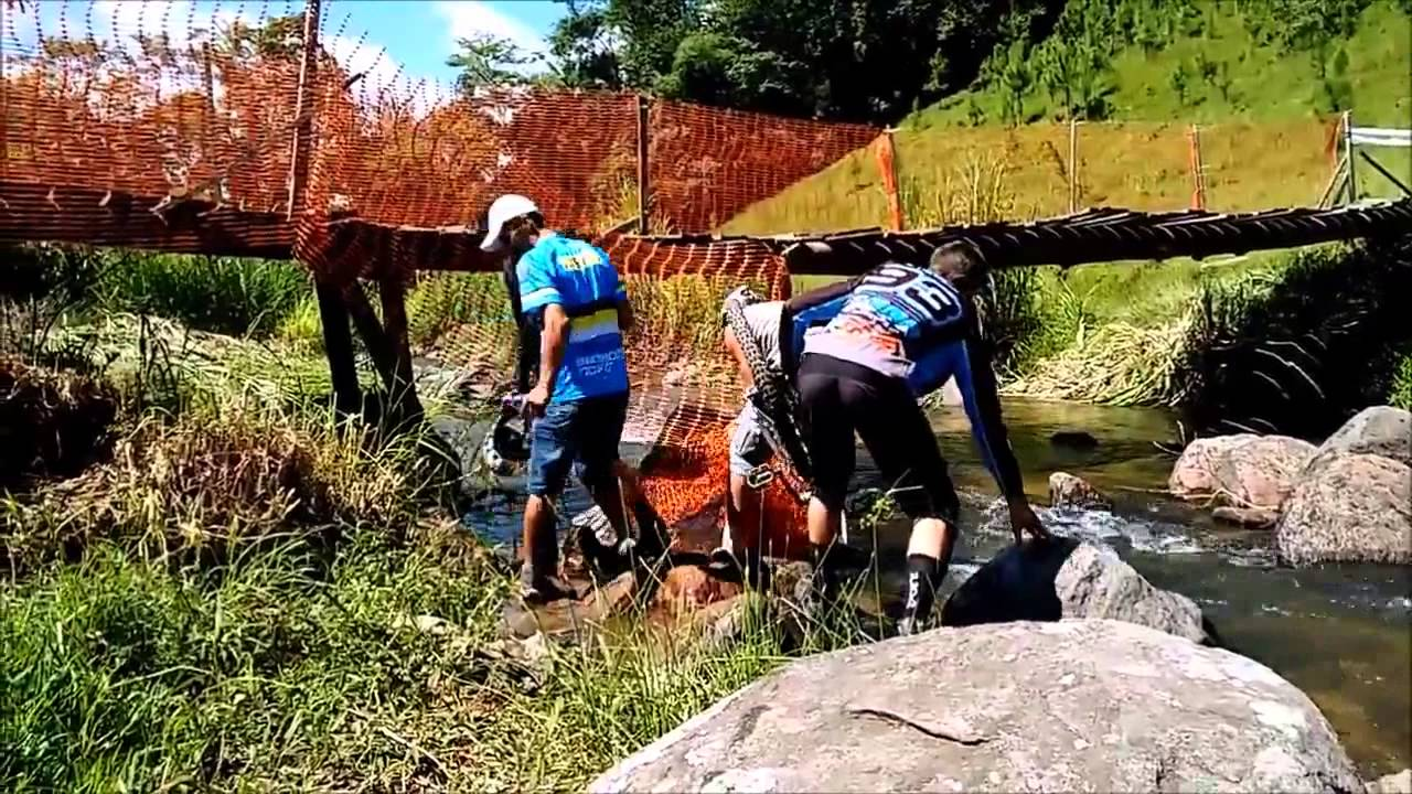 Funny Video: Brutal Downhill Bicycle Race Bridge Crash