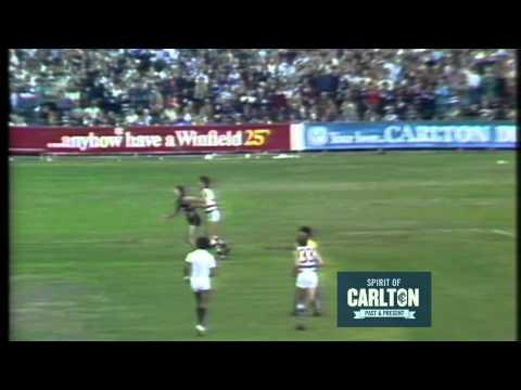 Ken Hunter 1982 - Carlton Football Club Past Player