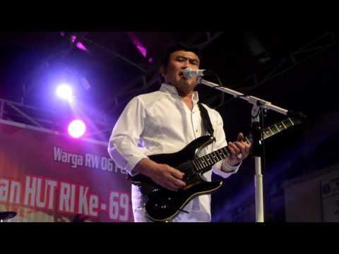 HEY NIH LAGU MELODI CINTA RHOMA IRAMA: Konser di Pondok Jaya