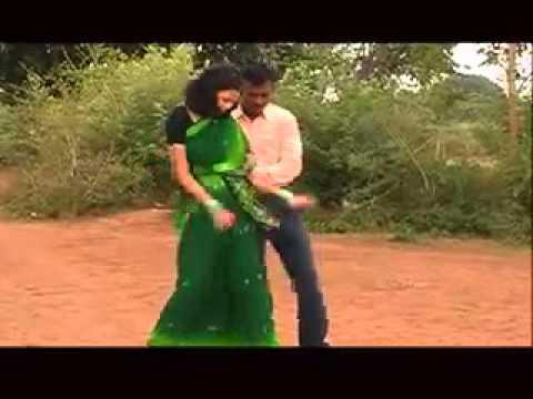 HD 2014 New Nagpuri Oraon Song    Sari Badan    Rajesh Tigga, Monika 4