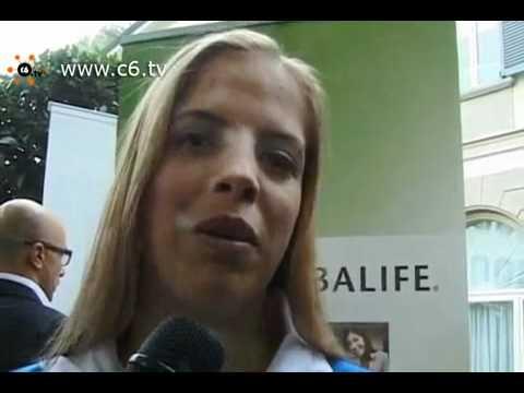 Carolina Kostner e Tania Cagnotto.mp4