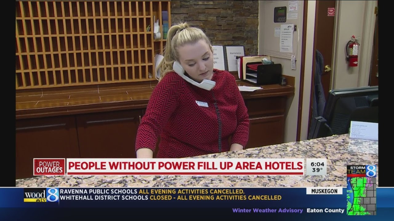 People without power fill up area hotels