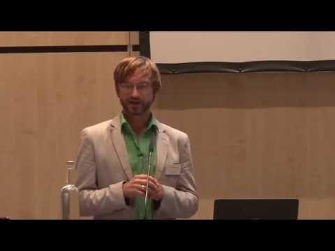 E-Commerce Tag 2015 in Berlin: Martin Sperling stellt Ergebnisse B2B-Studie vor