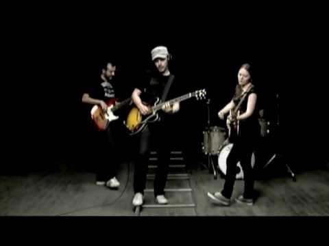 Jesse & Joy – Llegaste Tu (Official Music Video)