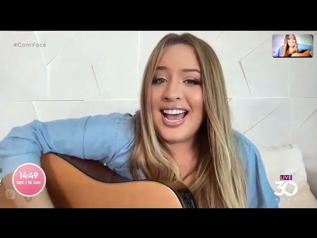 Conheça Mari Fernandez, a cantora que conquistou a internet   Com Você