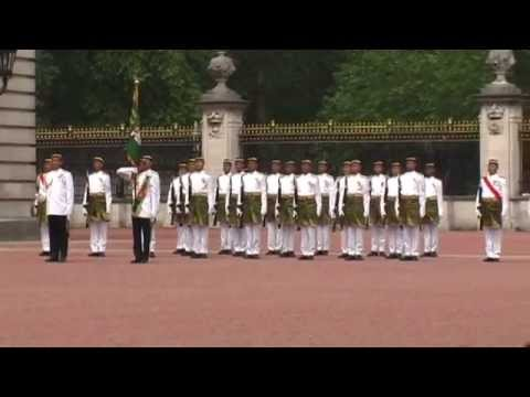 The Trip 2008 - Changing Of The Guards (Extra) - Royal Malay Regiment