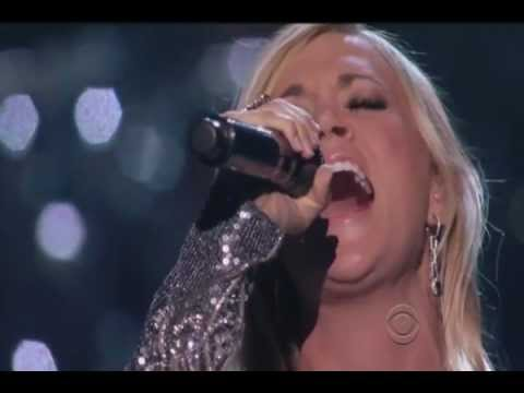 Carrie Underwood - *** How Great Thou Art *** - featuring Vince Gill  [HQ]