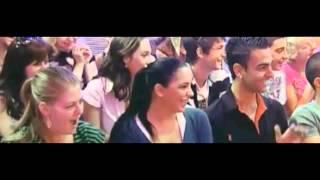 תיאטרון בסלון גאה להצחיק: המופע של ערן בידרמן - בידור על חושי