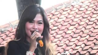 Gedung Tua -  Laura Farere - Arnika Jaya With Chodot Izzo Live Tanjung Brebes