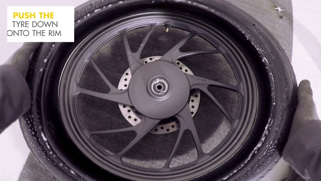 How To Change A Motorcycle Tyre S