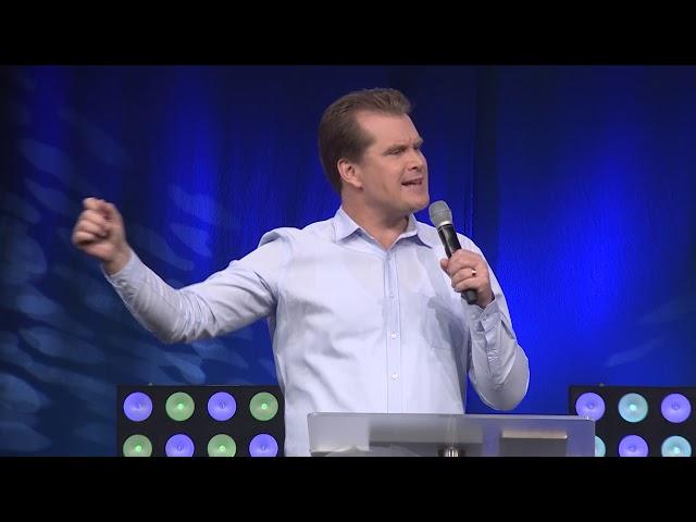 Fast Forward buildup | Pastor Peter de Fin