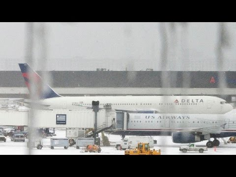 Winter weather causes flight delays across US