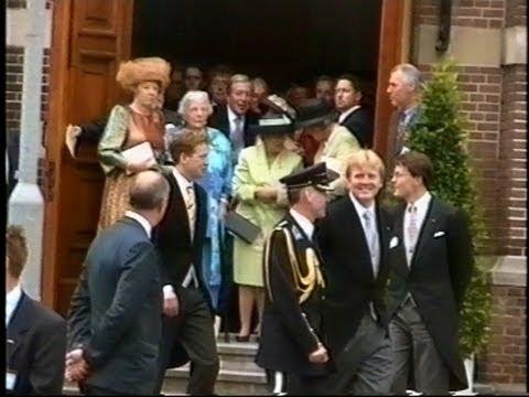 (Laatste beelden Prinses Juliana) Bijzetting Prinses Juliana in Delft. (2004)
