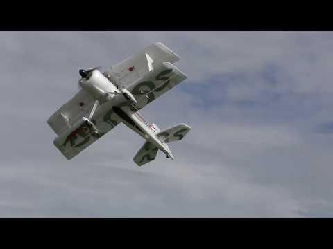 通販の激安セールで買ったラジコン飛行機を低空で飛ばしてみたらこうなった【4K】