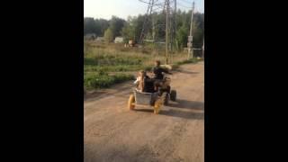 Квадроцикл с тележкой(Мирон в кузове., 2014-05-18T16:57:14.000Z)