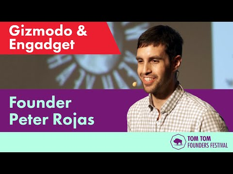 Peter Rojas at the Founders Summit | Gizmodo and Engadget