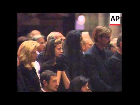 ITALY: MILAN: MEMORIAL SERVICE TO GIANNI VERSACE