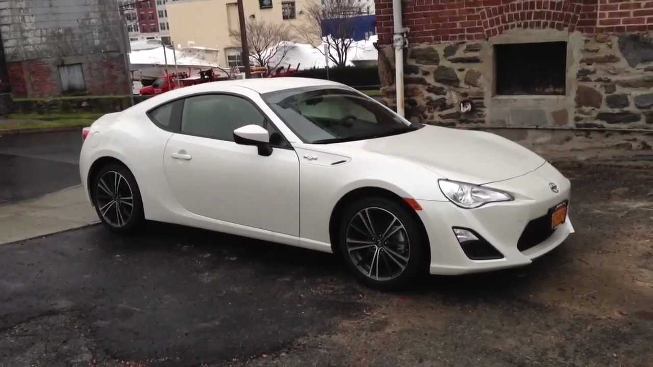 Scion FRS 2012 with Custom Sound System - YouTube