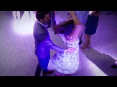 Jane the Virgin 1x16: Jane and Rafael Dance Esclavo De Sus Besos ft. David Bisbal