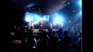 JECK PILPIL & PEACEPIPE - Kulay ng Kalayaan (Bob Marley Day Manila 2014)