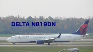 boeing 737 932 er wl taxing to rw21l delta flight dl1715 n819dn