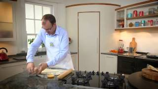 Ian Orr Family Favourites 2014- My Easy Pork Sausage Rolls